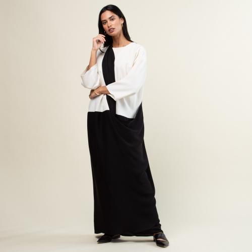 Black and White Twist Abaya